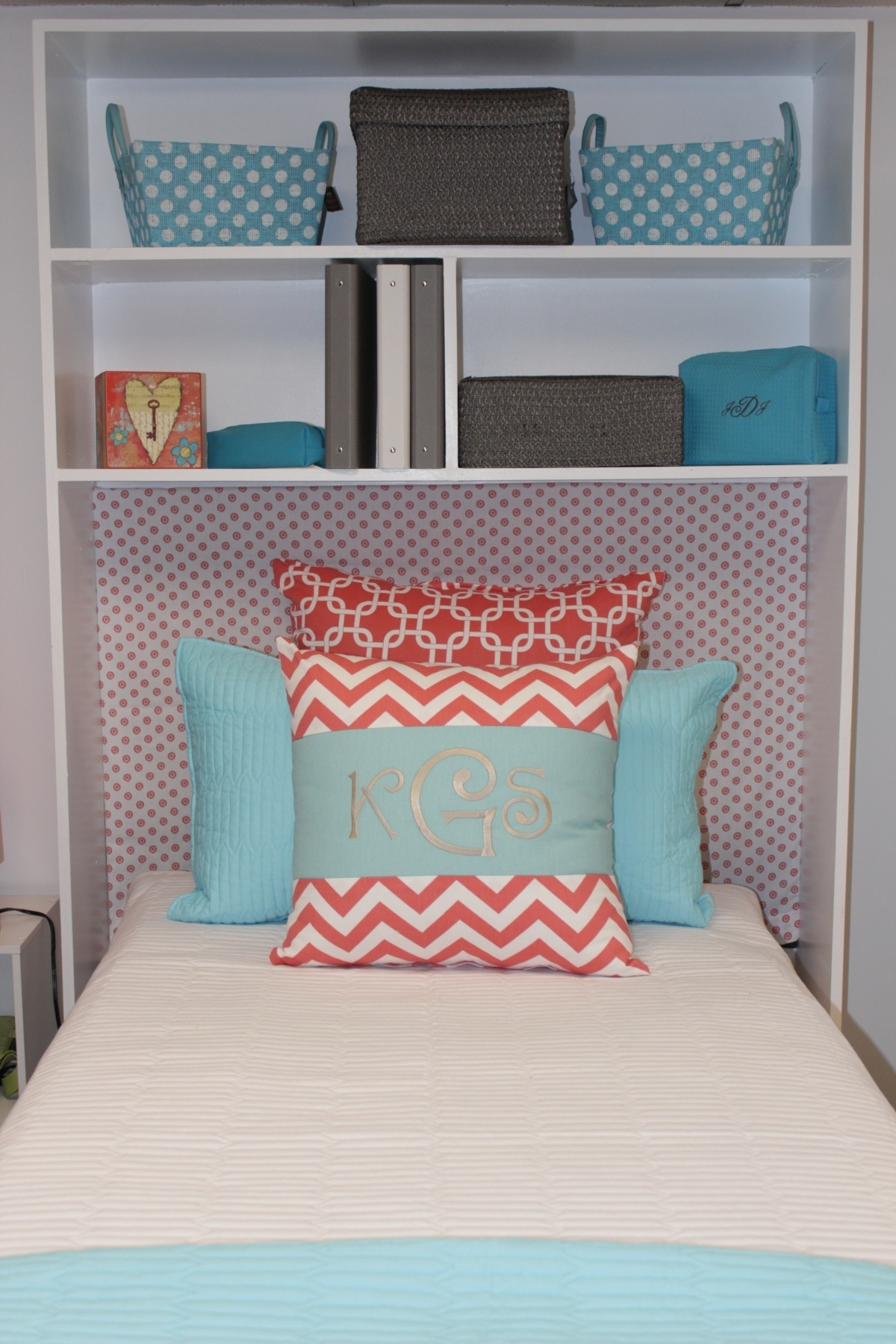 Image my dorm decor for Storage above bed ideas