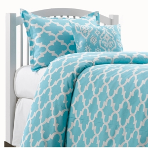 Placid Blue Quatrefoil Dorm Bedding